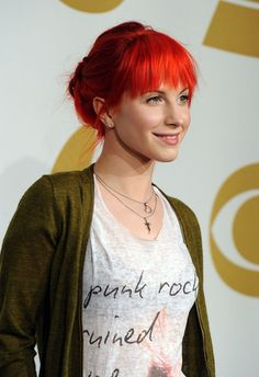 Hayley Williams of Paramore #Hair #Red #Bangs