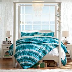 Teen Girl Bedrooms cool and stunning room vibe - Excellent and wicked sweet information. Sectioned under teen girl bedrooms themes teal , image pin idea imagined on 20190127 Tie Dye Bedroom, Tie Dye Bedding, Teen Bedding, Bedding Sets, Teal Comforter, Teen Girl Bedrooms, Teen Bedroom, Home Bedroom, Bedroom Decor