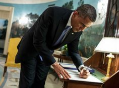 Obama Writes Bizarre, Rambling Benghazi Letter To Assassinated Ex-SEAL Tyrone Woods Father - Now The End Begins