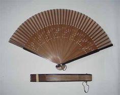 Modern Chinese Wooden Fan Wooden Fan, Hand Fan, Fans, Chinese, Home Appliances, Board, Pretty, Modern, Wedding