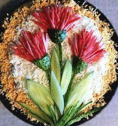 decoration no 2 for salad Raw Food Recipes, Appetizer Recipes, Gourmet Foods, Food Carving, Food Garnishes, Garnishing, Edible Food, Veggie Tray, Iranian Food