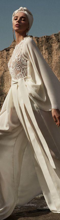 Elie Saab, Fashion Boutique, Fashion Show, Clothes, Beauty, Collection, Beautiful, Vintage, Nostalgia