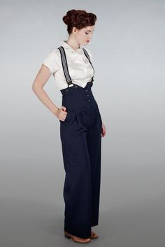 Black high waisted pants with braces Emmy Design