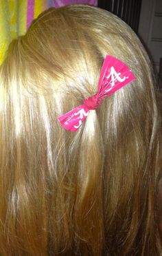 My Roommate Jackie and her new stylin Alabama College Brand Duck Tape® hair bow! Tape For UA Alabama College, Duck Tape Crafts, Football Fashion, Roommate, Football Season, Duct Tape, Ua, Hair Bows, Popular