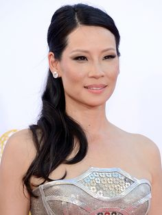 Emmys 2012: Lucy Liu http://beautyeditor.ca/gallery/emmys-2012-red-carpet-beauty/lucy-liu/