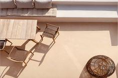 Casa Design Tradicional, Mediterranean Homes, Large Windows, Outdoor Furniture, Outdoor Decor, Sun Lounger, Seaside, Terrace, House Design