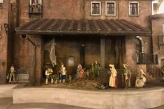 """At Christmas, you will find an old-fashioned nativity scene, called a """"presepe"""", in Piazza di Spagna, or sometimes on the Spanish Steps themselves. Shopping Zone, Rome Attractions, Tourist Trap, Rare Pictures, Best Places To Eat, Rome Italy, Vatican, Where To Go, The Good Place"""