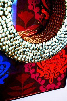 #Fall #wreath BrassyApple.com #thumbtacks #homedecor