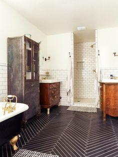 Master bathroom: http://www.stylemepretty.com/living/2015/04/20/eclectic-home-tour/ | Photography: Melissa Jill - http://www.melissajill.com/