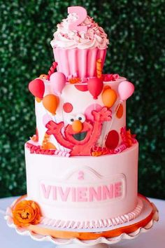 Don't miss this fun pink Elmo-themed birthday party! The cake is incredible! See more party ideas and share yours at CatchMyParty.com #catchmyparty #partyideas #elmo #elmoparty #girlbirthdayparty #cake Elmo Birthday Party Ideas, Elmo First Birthday, Elmo Party, Birthday Cake Girls, Baby Party, 2nd Birthday Parties, Sesame Street Party, Sesame Street Birthday, Elmo Cake