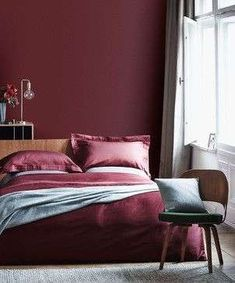 ideas wall color bedroom red for 2019 Maroon Bedroom, Bedroom Red, Bedroom Colors, Bedroom Decor, Bedroom Ideas, Wall Decor, Bedroom Small, Burgundy Room, Burgundy Walls