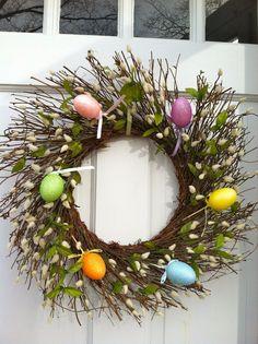 Affordable DIY Wreath - The Westchester Decorator: Interior Design