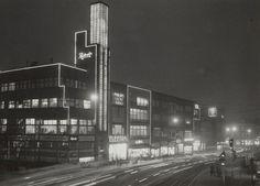 Jaren 50: De Potterstraat gezien ter hoogte van de Oudegracht richting de Neude.