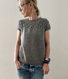 Ravelry: Laia pattern by Isabell Kraemer