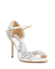 Wedding shoes designed by Badgley Mischka are perfect for your big day. Find the perfect shoes for the bride from the official Badgley Mischka website.