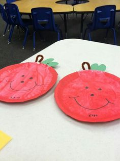 Great apple craft for toddlers