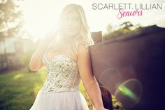 Hey current Jacksonville Senior girls or upcoming Seniors!  Get your graduation photos done by photographer Scarlett Lillian! Find out more and book your session at http://scarlettlillianseniors.com!