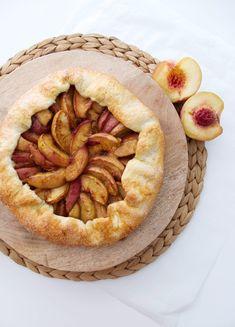 Dinner With Friends, Apple Pie, Dinner Recipes, Desserts, Blog, Tailgate Desserts, Deserts, Postres, Blogging