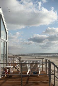 Picture this... #beachhouse #decor #sandinmytoes