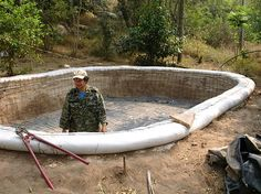 (Earthbag Water Cistern) - Earthbag Cisterns - www.naturalbuildingblog.com