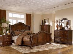 Ashley Bedroom Furniture Sets elements can add a touch of style and design to any dwelling. Ashley Bedroom Furniture Sets can mean many things to many people… King Size Bedroom Furniture, Wood Bedroom Sets, Master Bedroom Interior, Dream Furniture, Bed Furniture, Modern Bedroom, Bedroom Ideas, Furniture Sale, Rustic Furniture