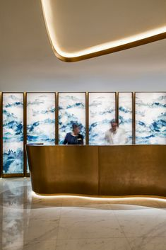 Jumeirah Beach Hotel | UMAYA Lighting Design Address Hotel, Lobby Reception, Hotel Apartment, Hotel Lobby, Beach Hotels, Light Art, Lighting Design, Holiday, Light Design
