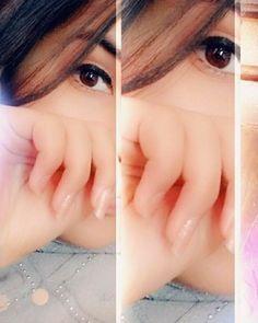 Girl Hand Pic, Cute Girl Poses, Cute Girl Photo, Sad Girl Photography, Friend Poses Photography, Beautiful Girl Makeup, Beautiful Girl Photo, Stylish Girls Photos, Stylish Girl Pic