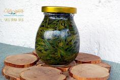 Öt bevált módszer fűszernövények tartósításához Mason Jars, Canning, Food, Decor, Decoration, Meal, Decorating, Essen, Mason Jar