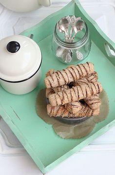 Au menu ce soir des sabléescroustillantsà la noix de coco grillée, d'une simplicitéenfantine au goûtincomparable. Il serait dommage ...