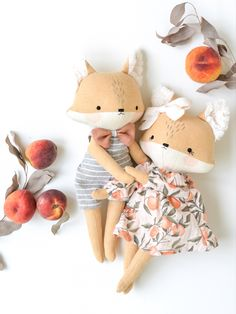 Baby Fabric, Fabric Toys, Fabric Doll Pattern, Circuit Crafts, Fox Toys, Small Sewing Projects, Fabric Animals, Ooak Dolls, Cute Dolls