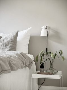 10 Complete Hacks: Minimalist Home Style Couch minimalist bedroom pink inspiration.Minimalist Bedroom Diy Tiny House minimalist home interior small.Minimalist Living Room With Kids Home. Interior, Home Bedroom, Bedroom Interior, Home Decor, Minimalist Bedroom, Interior Design, Interior Design Bedroom, Swedish Interior Design, Minimalist Bedroom Boho