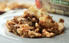 Arrabbiata Pasta Bake (Check out the video! Baked Pasta Recipes, Pasta Bake, Lasagna, Food Videos, Italian Recipes, San, Chicken, Baking, Noodle Casserole