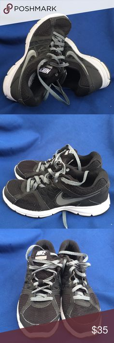 Nike Air Revolution2 size 9,5 Gently used Nike Shoes Sneakers
