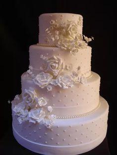 Types Of Wedding Cakes, Small Wedding Cakes, White Wedding Cakes, Beautiful Wedding Cakes, Beautiful Cakes, Wedding Cake Cookies, Wedding Cake Toppers, Extravagant Wedding Cakes, Wedding Dress Cake
