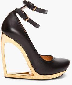 Lanvin Escarpen Compense Heels in Black