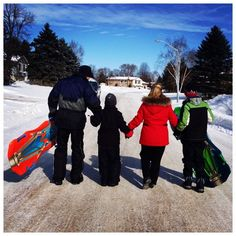 """""""Hope you're all having a #Happy #FamilyDay #Barrie ! It's a great time to #getoutandplay in the #GreatOutdoors with loved ones #visitbarrie #tobogan…"""""""