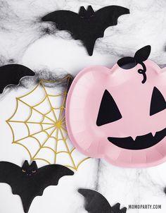 Halloween Theme Birthday, Halloween 1st Birthdays, Chic Halloween, Kawaii Halloween, Pink Halloween, Halloween Party Decor, Halloween Cards, Unicorn Party Supplies, Spider Webs