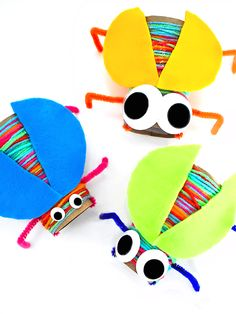 Our Cardboard Roll Yarn Wrapped Bugs Craft are the best kind of bugs. They're colorful, they're googly eyed, and they can't really fly. My kind of bug. Insect Crafts, Bug Crafts, Preschool Crafts, Yarn Crafts, Toilet Paper Roll Crafts, Paper Crafts, Cardboard Crafts, Cardboard Playhouse, Cardboard Furniture