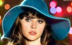 HD Felicity Jones Wallpaper - Best Wallpaper HD