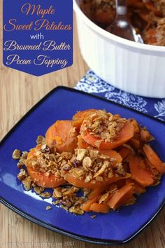 Maple Sweet Potatoes with Browned Butter Pecan Topping | cupcakesandkalechips.com | #Thanksgiving #sidedish #glutenfree