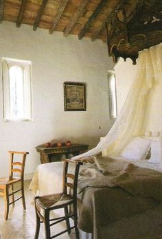french country ~ I've got dreams in hidden places and extra smiles for when I'm blue. ~Author Unknown: I love this bedroom minus the chairs French Interior, French Decor, French Country Decorating, Interior Design, Home Design, Interior Ideas, Modern Interior, Design Design, French Country Bedrooms