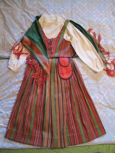 Kuoreveden kansallispuku dress from Kuorevesi, Folk Costume, Costumes, Folk Clothing, Russian Folk, Different Patterns, Traditional Dresses, Finland, Embroidery, Summer Dresses