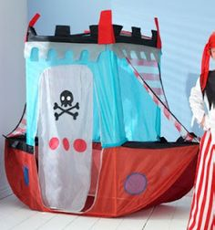 Pirate play tent .. could be handmade??