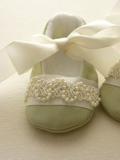 Items similar to Handmade Pale Green Special Occasion Baby Shoes with Pearly Trim on Etsy Cute Baby Shoes, Baby Girl Shoes, Girls Shoes, Baby Bling, Camo Baby, Baby Shoes Pattern, Shoe Pattern, Baby Shoes Tutorial, Felt Shoes