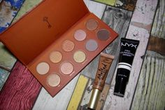 Selfridges Beauty mini haul including a stunning golden rose Zoeva palette, Too Faced melted chocolate matte liquid lipstick and a NYX lightening foundation