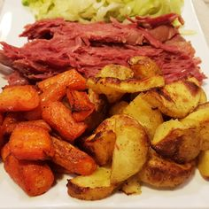 Patrick's Day Dinner: Corned Beef, Cabbage, and Roasted Potatoes and Carrots – Rumbly in my Tumbly patricks day dinner ideas corned beef recipes St. Patrick's Day Dinner: Corned Beef, Cabbage, and Roasted Potatoes and Carrots Corned Beef Brisket, Dutch Oven Corned Beef, Oven Roasted Corned Beef, Crock Pot Corned Beef, Cooking Corned Beef, Corned Beef Recipes, Meat Recipes, Recipies, Roasted Potatoes And Carrots