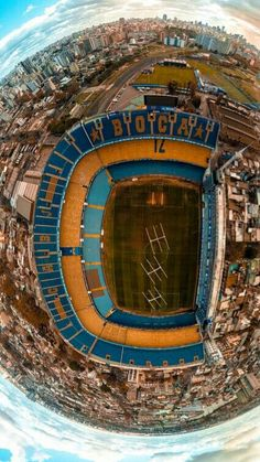 Soccer Stadium, Freestyle Rap, Beautiful Places To Travel, Fifa World Cup, Lionel Messi, Everton Fc, Football Players, Deporte, Amor