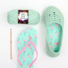 Best 12 Lightweight Slippers with Flip Flop Soles Crochet pattern by Jess Coppom Make & Do Crew Crochet Shoes, Crochet Slippers, Christmas Knitting Patterns, Crochet Patterns, Crochet Ideas, Make And Do Crew, Make Do, Crochet Flip Flops, Universal Yarn