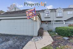 Home For Sale In 2392 Oak Hill Rd Unit 1056, Lake Barrington, Illinois 60010