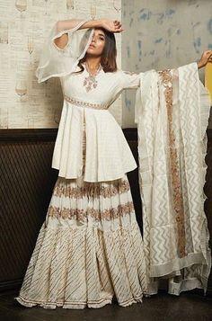 Beautiful kurti with sharara and dupatta. Indian Fashion Dresses, Dress Indian Style, Indian Designer Outfits, Designer Clothing, Pakistani Dress Design, Pakistani Outfits, Indian Outfits, Indian Attire, Indian Wear
